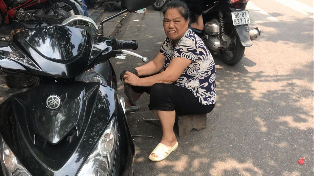 Тетушка шиномонтажник