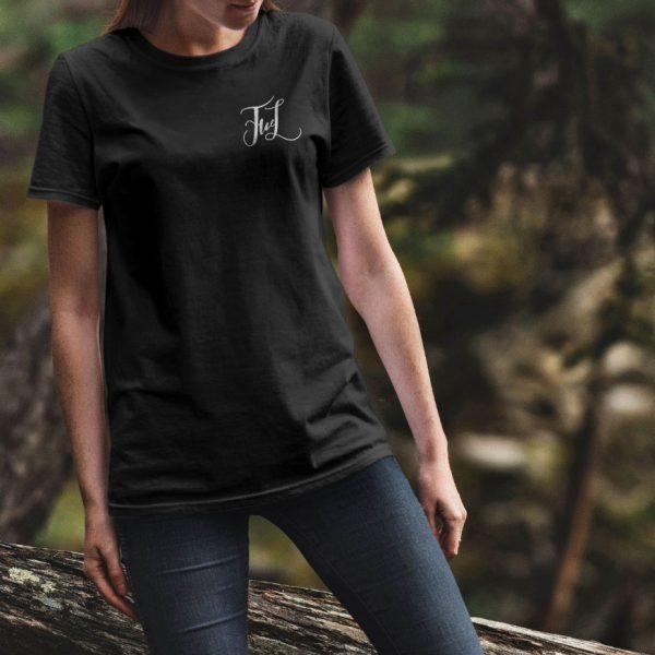 Черная женская футболка Маленький логотип FWL