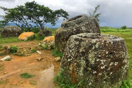 Долина кувшинов, Лаос