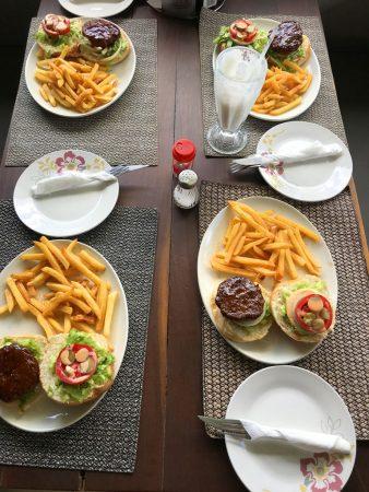 Ужин в Замбии
