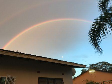 Дабл радуга вокруг луны