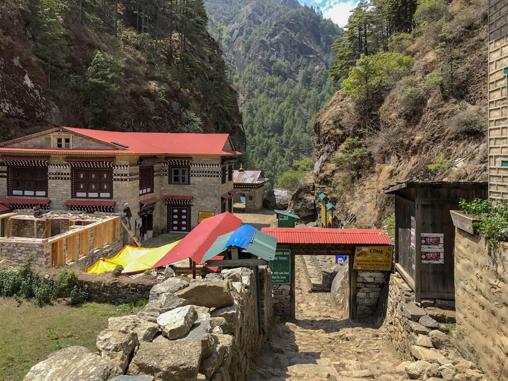 Проверка пермитов, Непал