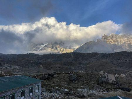 Лобуче, Непал