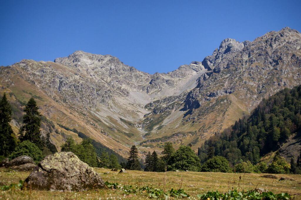 Студенческая поляна, Абхазия